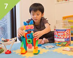 お子さんが楽しく治療を受けられるように将来の歯並びも考えた小児歯科治療